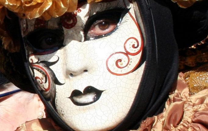Pour Mardi gras, les masques font la fête