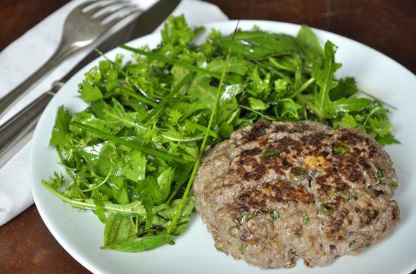 Tartare de bœuf et salade d'herbes