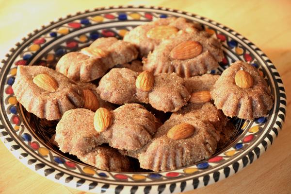 Les Rfiss, gâteaux de dattes et de semoule de blé