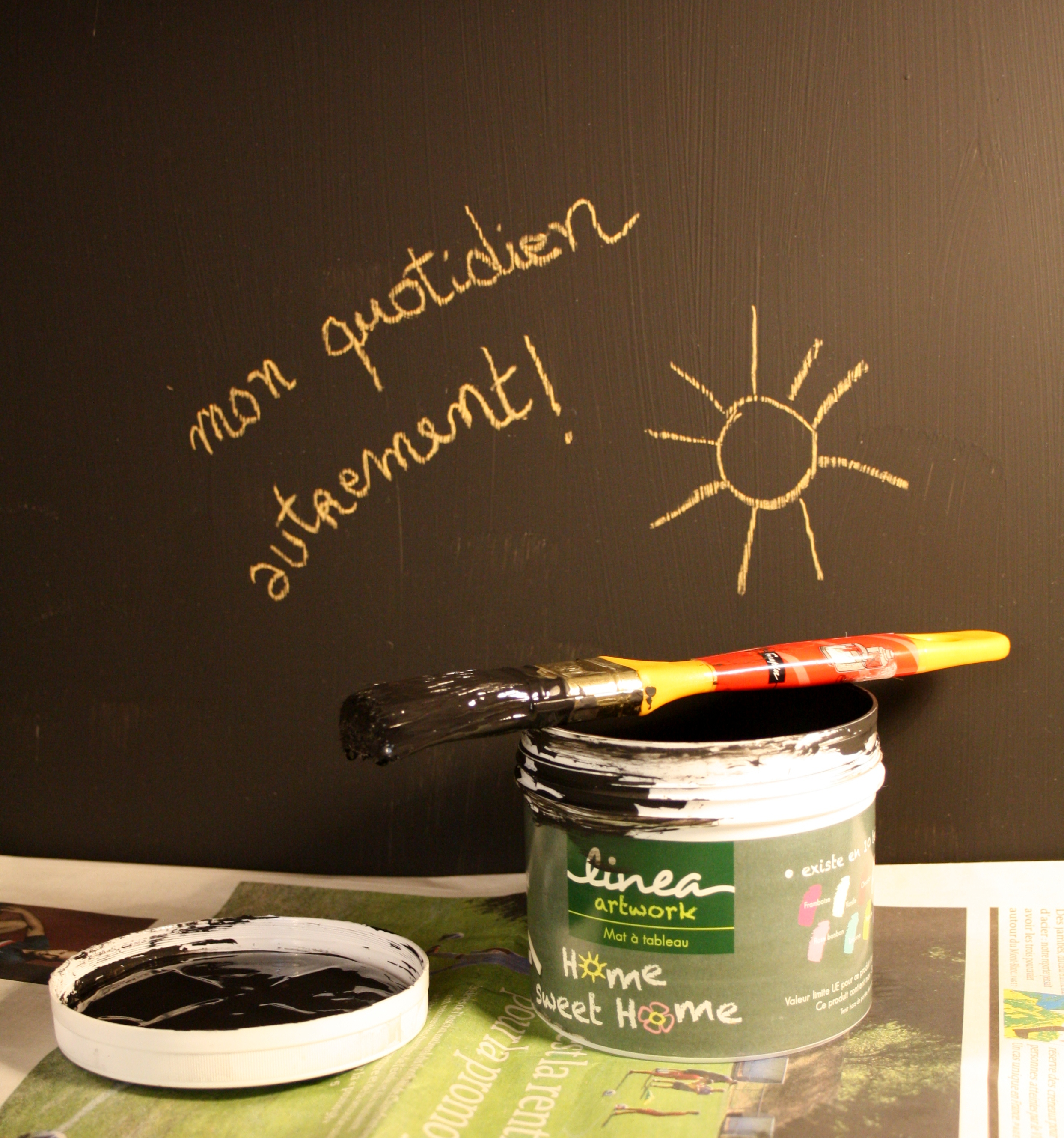 La peinture ardoise des laboratoires natura mon for Peinture noire tableau