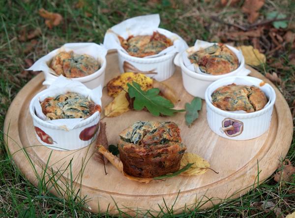 Petits cakes aux épinards, gorgonzola et lard