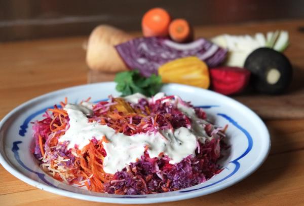 Salade de légumes d'hiver râpés