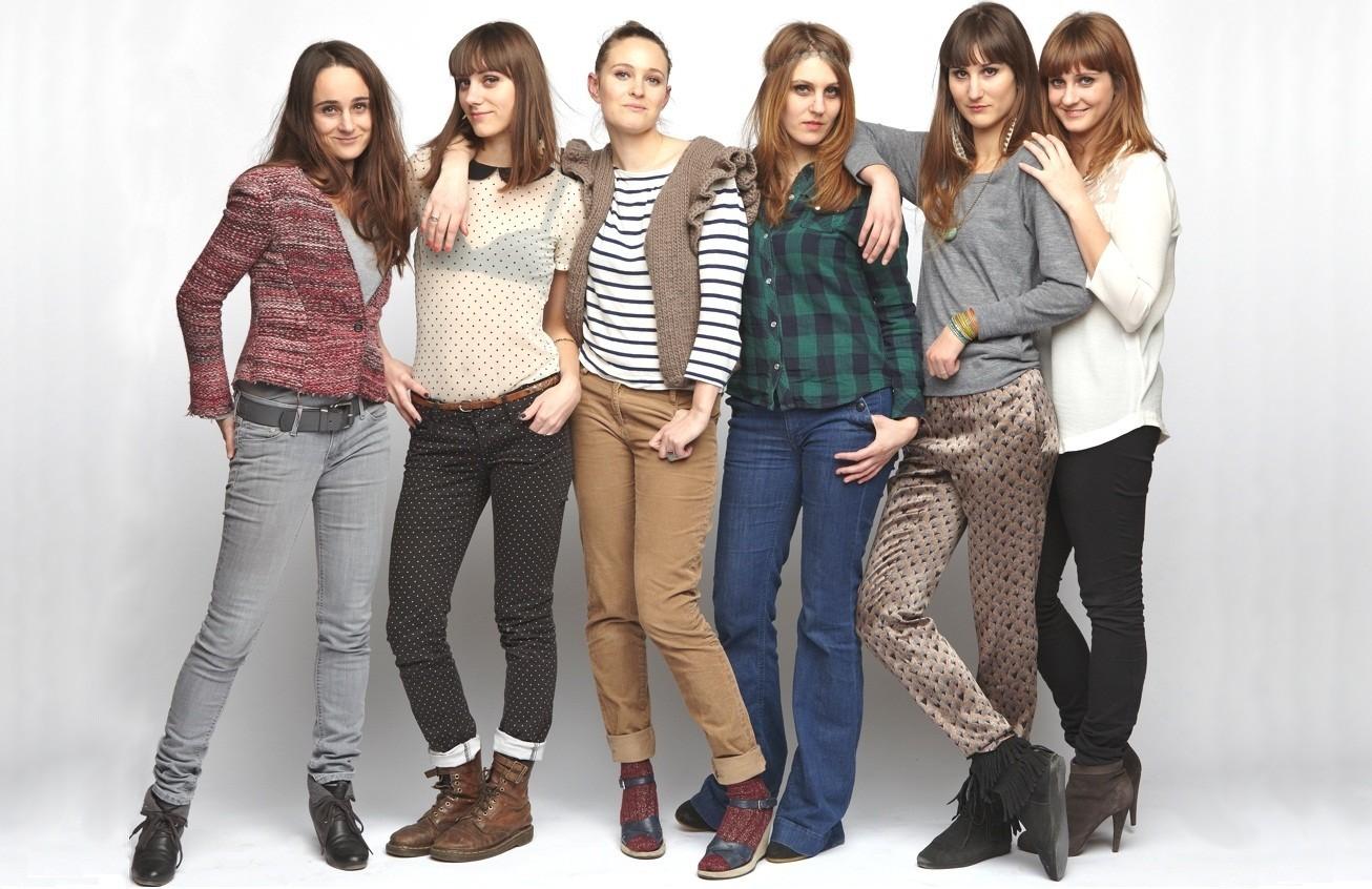 Six soeurs aux doigts de fée