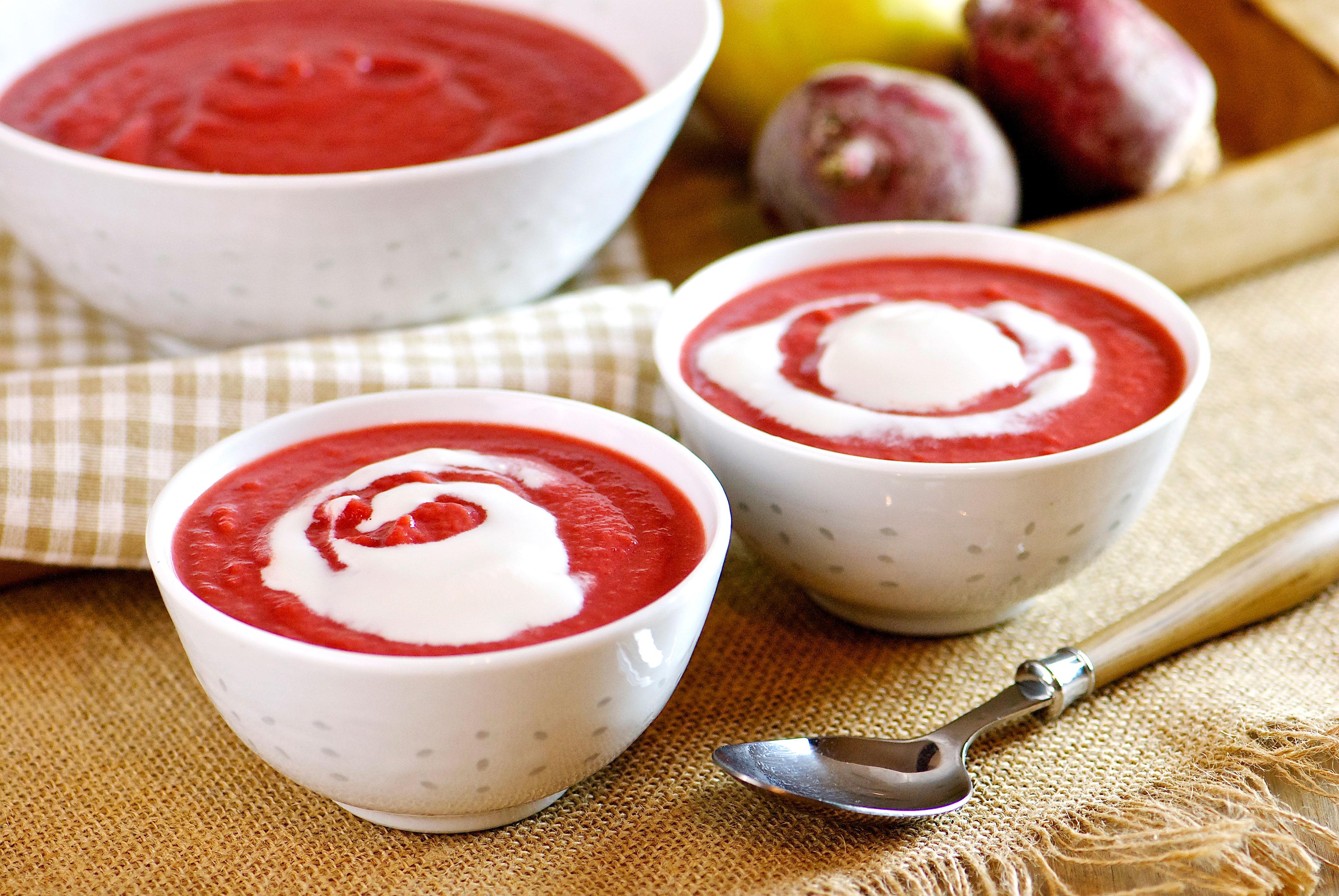 Soupe de betterave et pomme