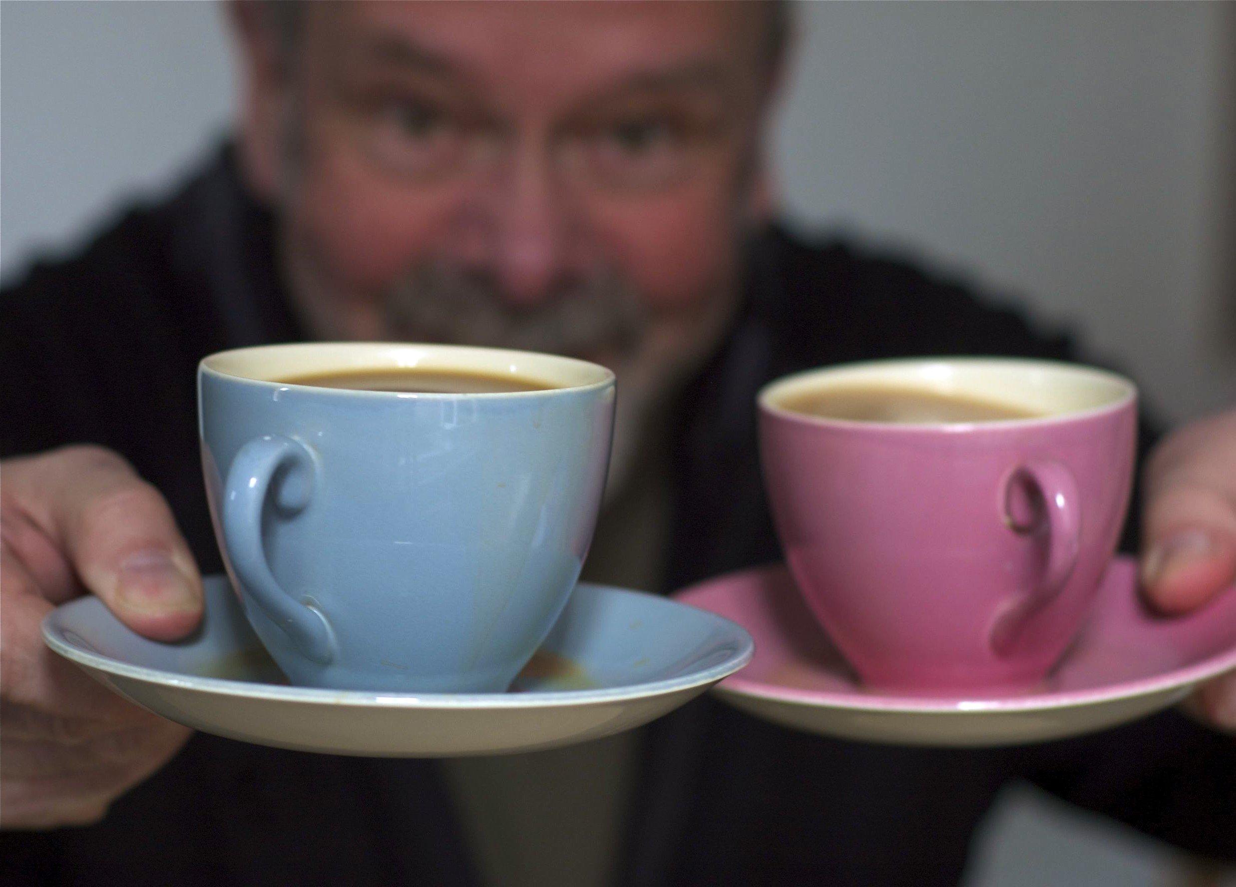 Un café svp ! Mettez m'en deux plutôt !