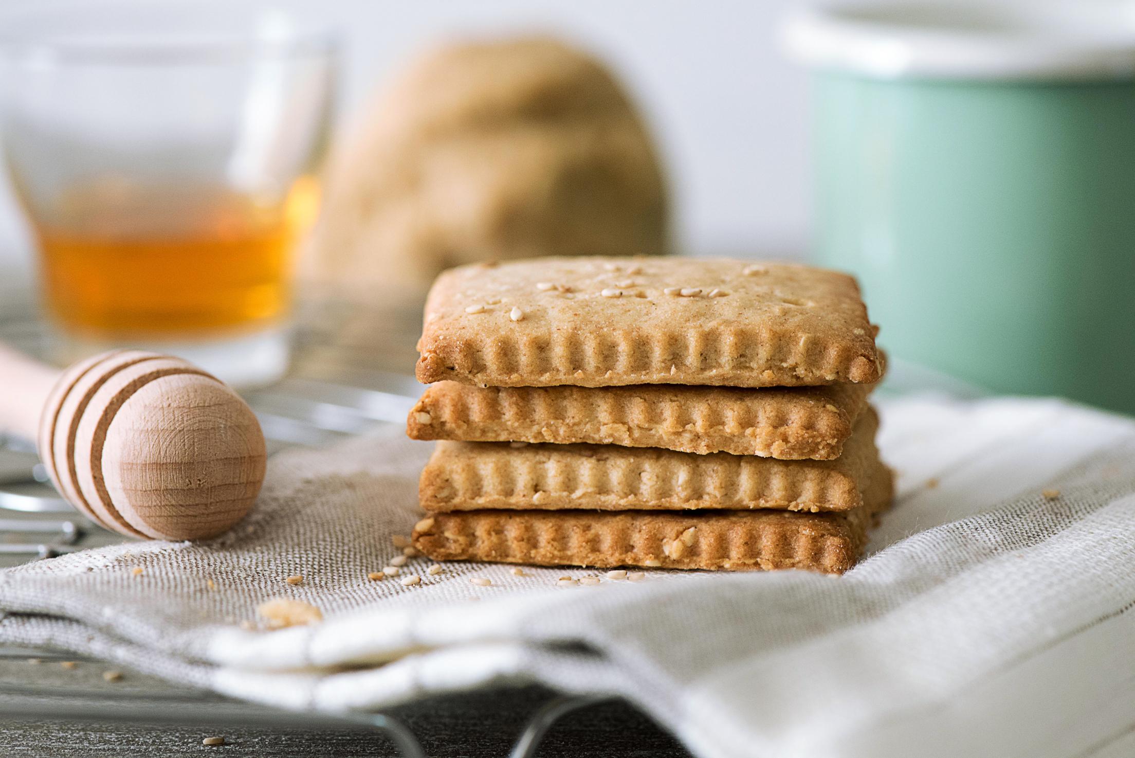 Biscuits au miel et graines de sésame