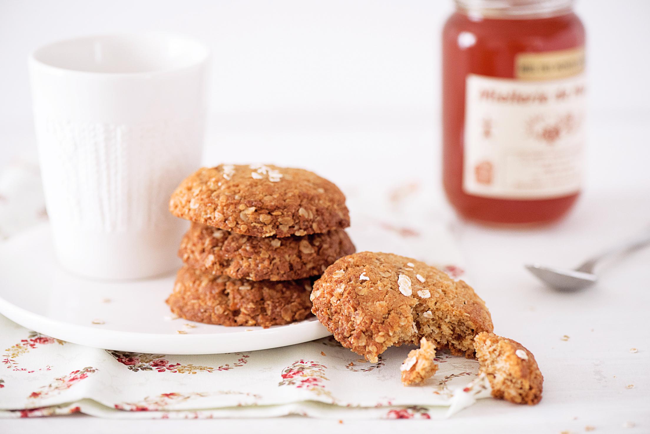 Biscuits au miel et flocons d'avoine
