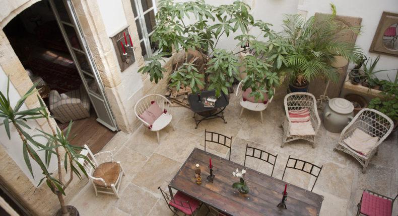 Le joli patio de l'Ecolodge des Chartrons.