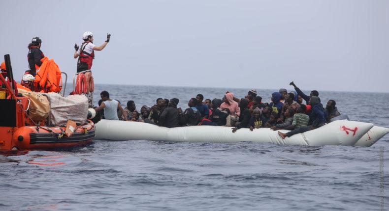 Photos : Hara Kaminara / SOS MEDITERRANEE