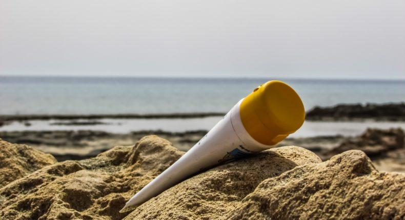 0,8 litre de crème solaire se déverse chaque seconde dans les océans.