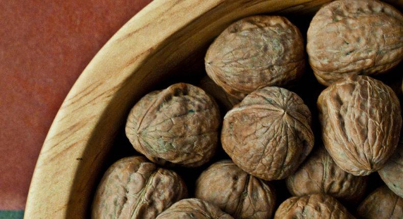 La France produits 38 000 tonnes de noix par an en moyenne. © Pierre Vignau